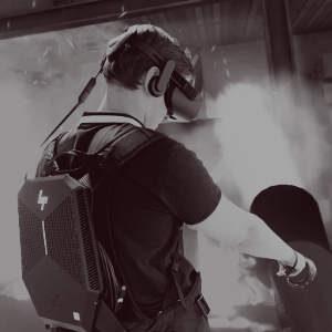 Ragazzo usa la realtà virtuale per spegnere un incendio